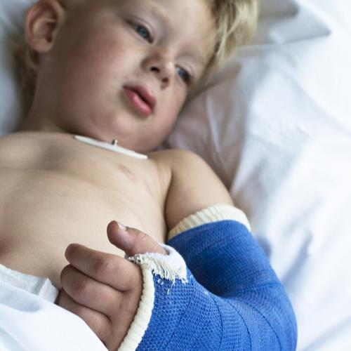 hospitalchildshutterstock_147937364
